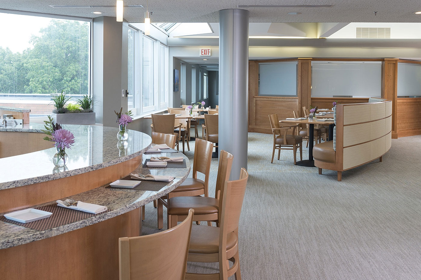 Seniors at this CCRC can belly up to the counter at this restaurant-styled dining area